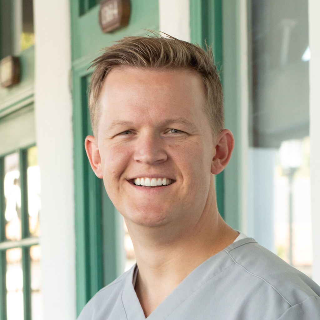 Brandon Pierce, Dds Image1